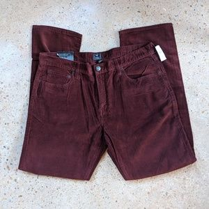 🆕GAP burgundy straight leg corduroys 36x32